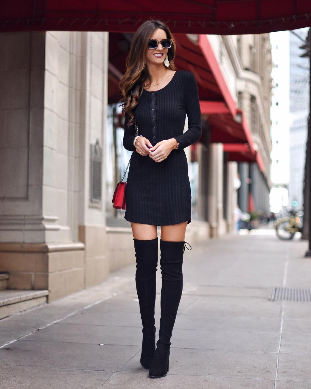 Simple black dress with a pop of red to makehellip